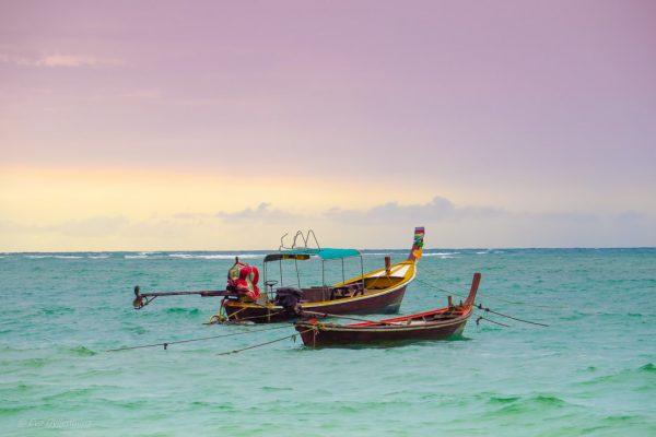 Longtailbåtar på Phuket
