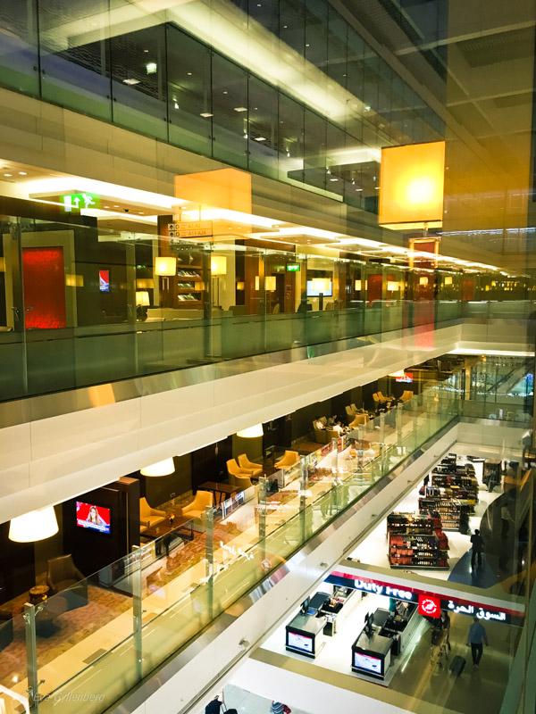 Emirates Business Class Lounge i Dubai 10