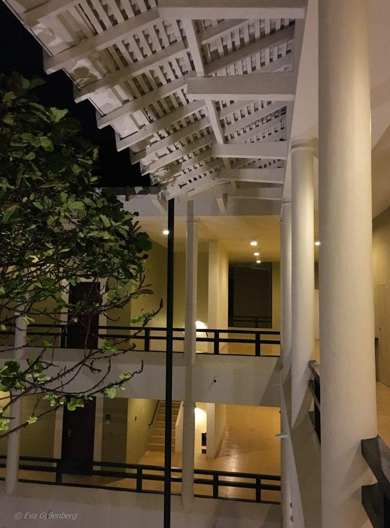 Korridorer på Heritance Ahungalla