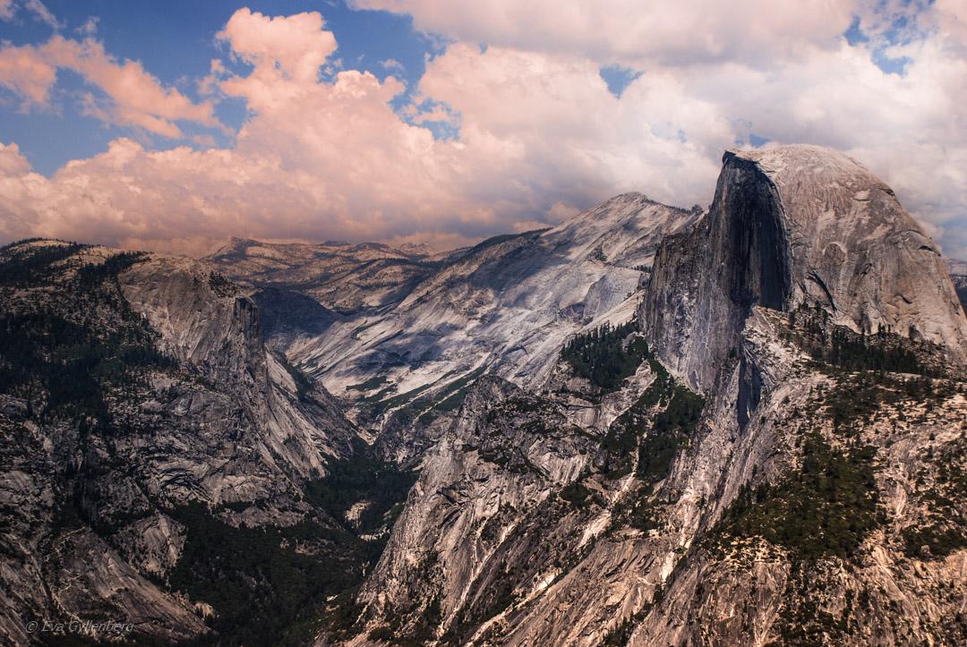 Yosemite National Park - Bland vattenfall och granit 10