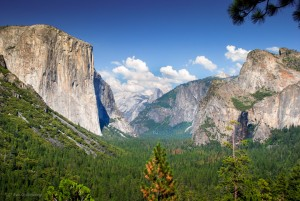 Tunnel View - Yosemite
