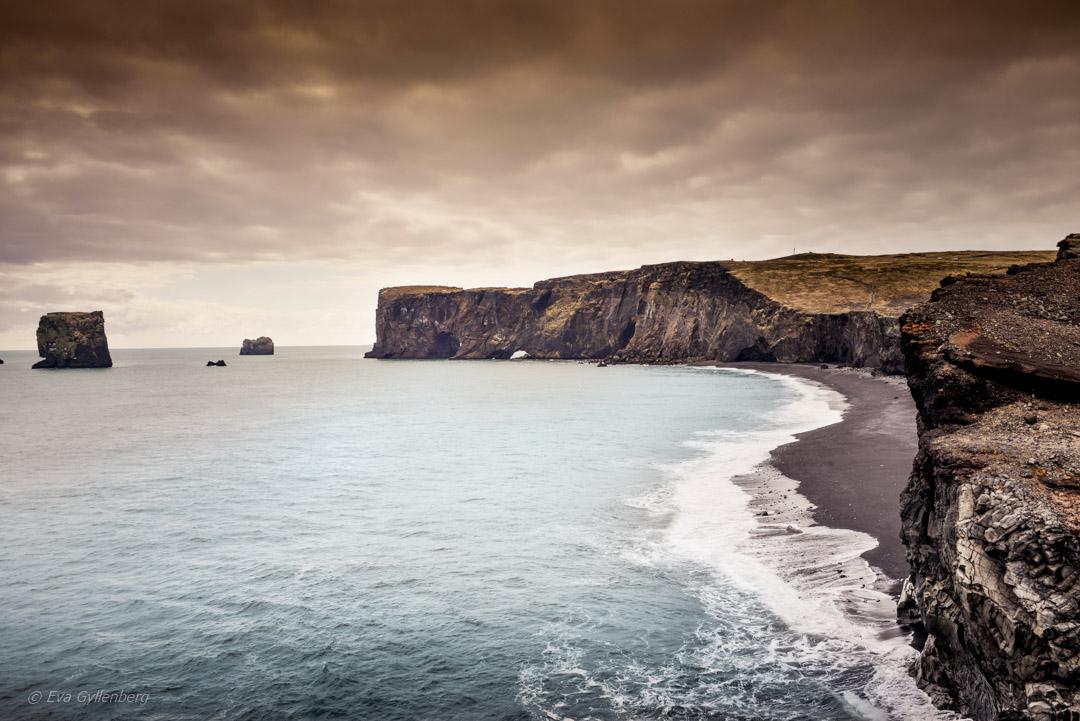 Island - Dyrholaey