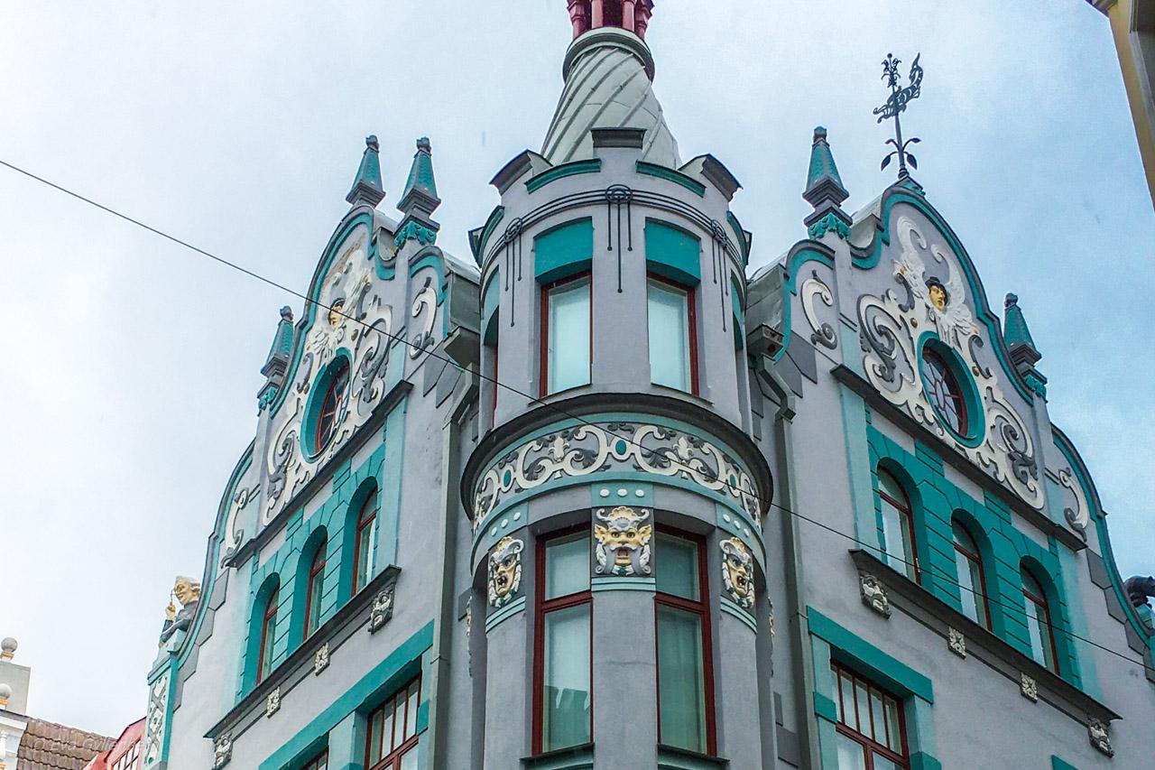 Pikk 23/25 - Gubbhuset - Tallinn