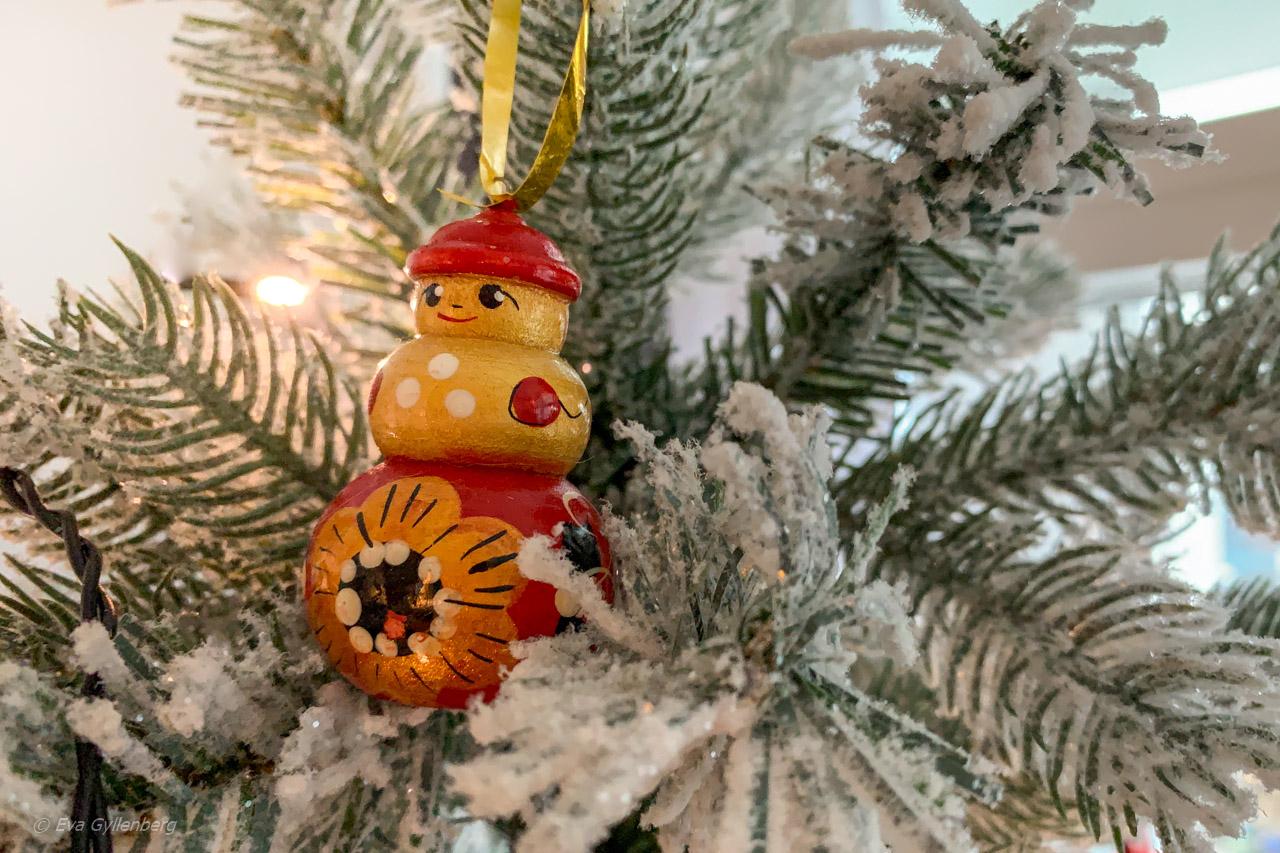 Julkulor med resetema