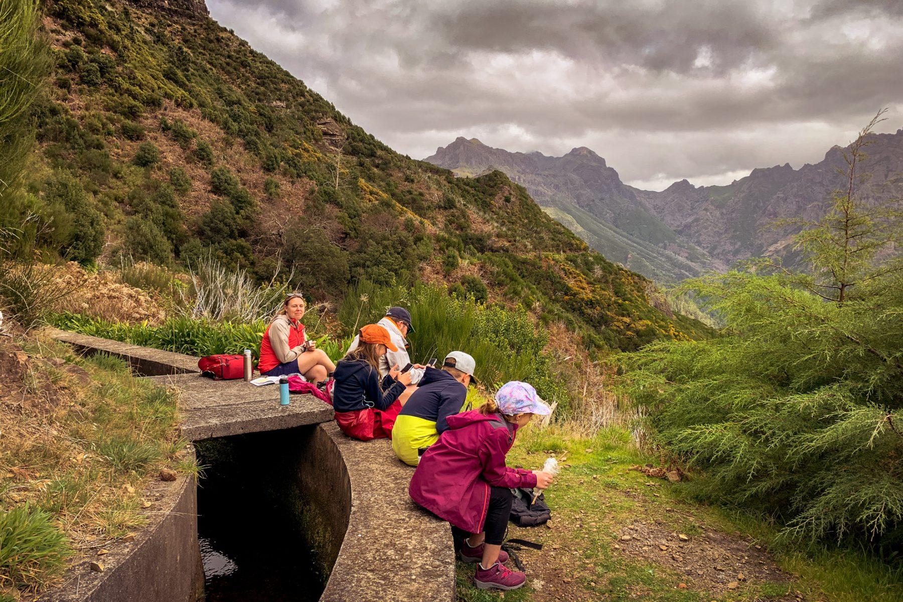 Lunchpaus på levadavandringen - Madeira