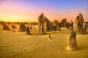 Pinnacles desert - Öknen med de mystiska kalkstenspelarna 29