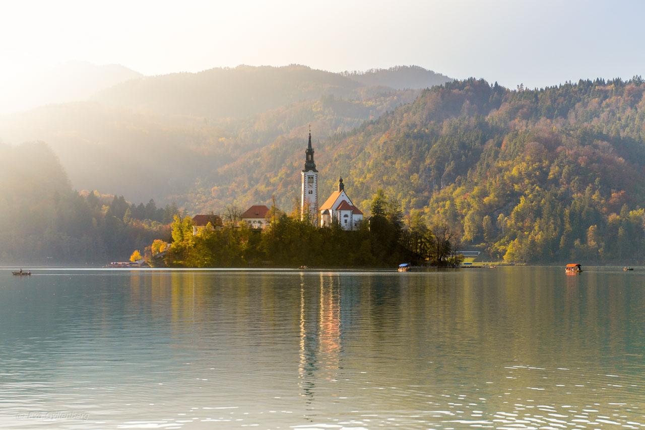 Vackra Bledsjön i Slovenien