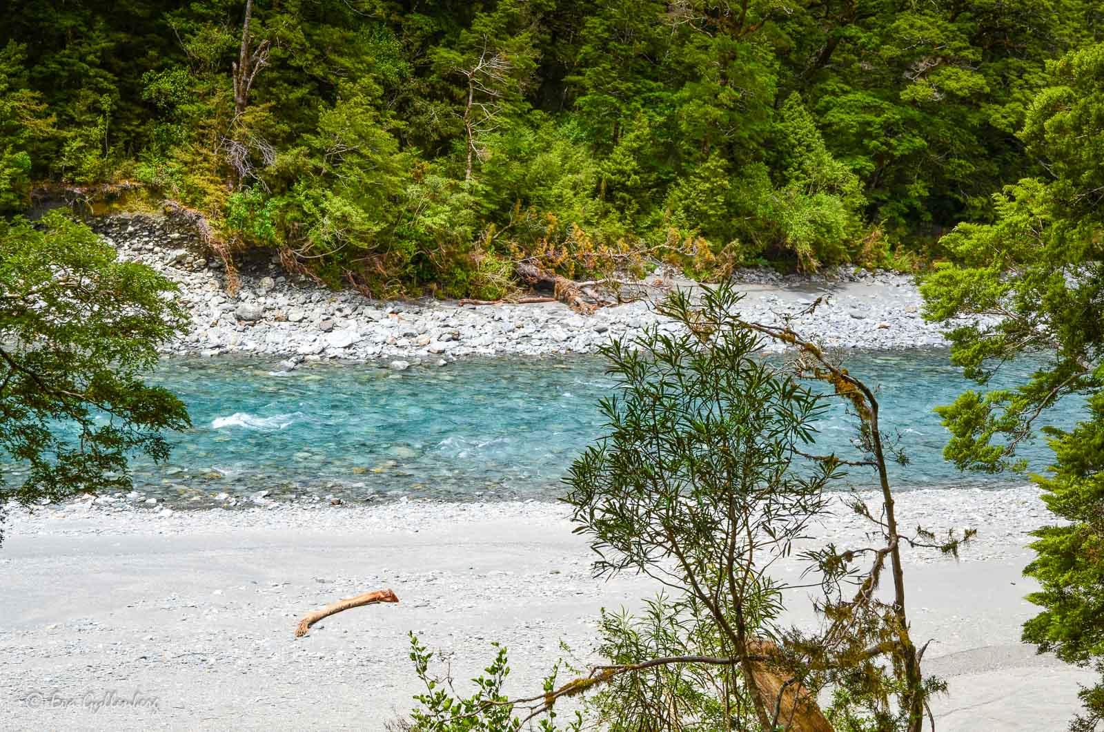Blått vatten i Mount Aspiring