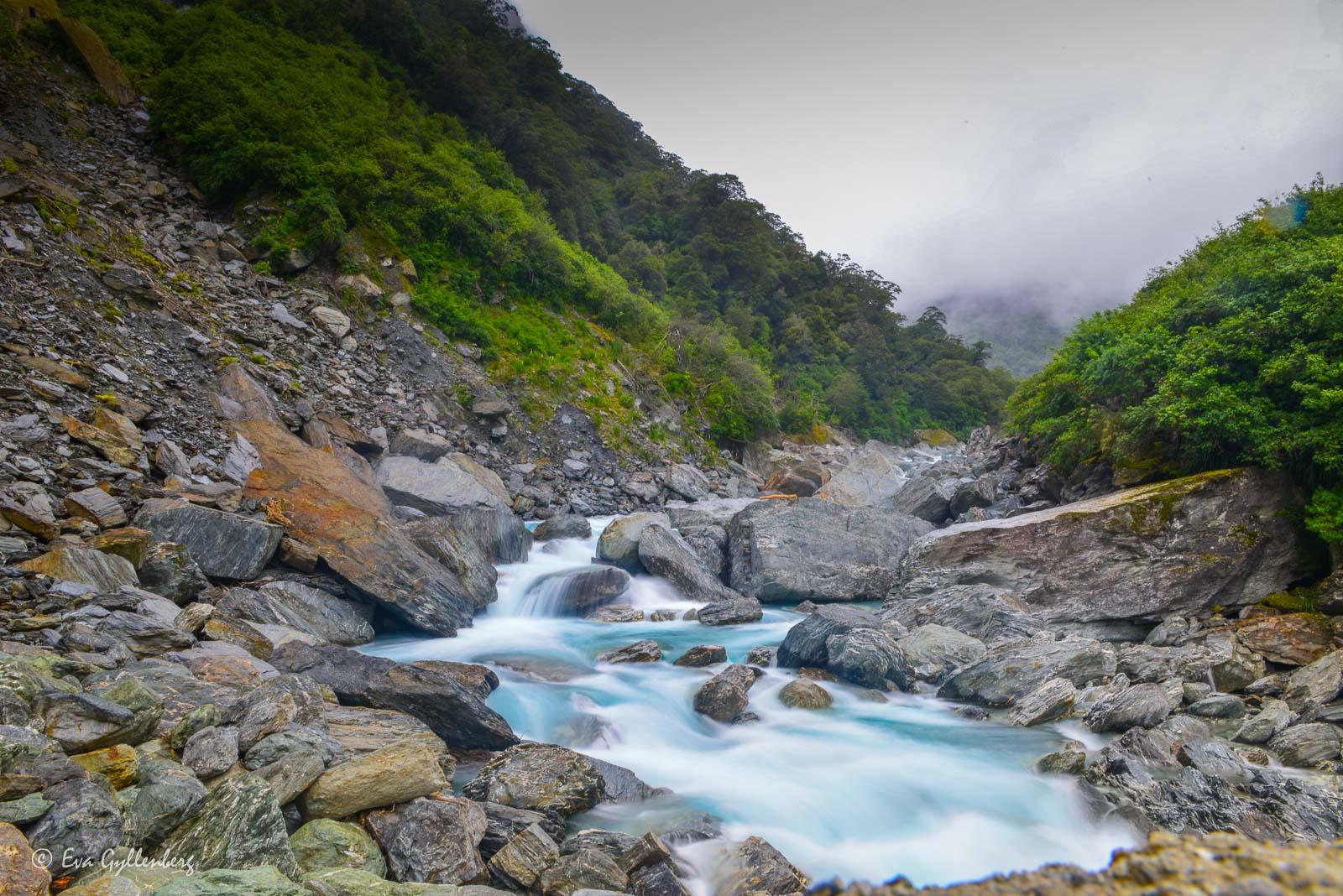Vackert vatten i Mount Aspiring