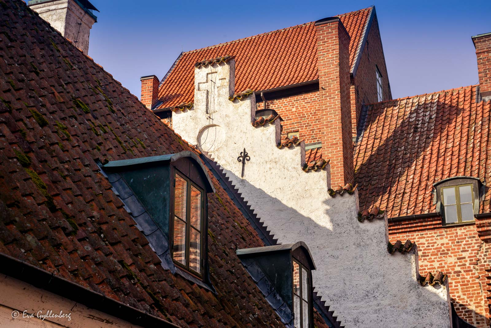 Kors som minner om svunna tider - Bäckaskog slott