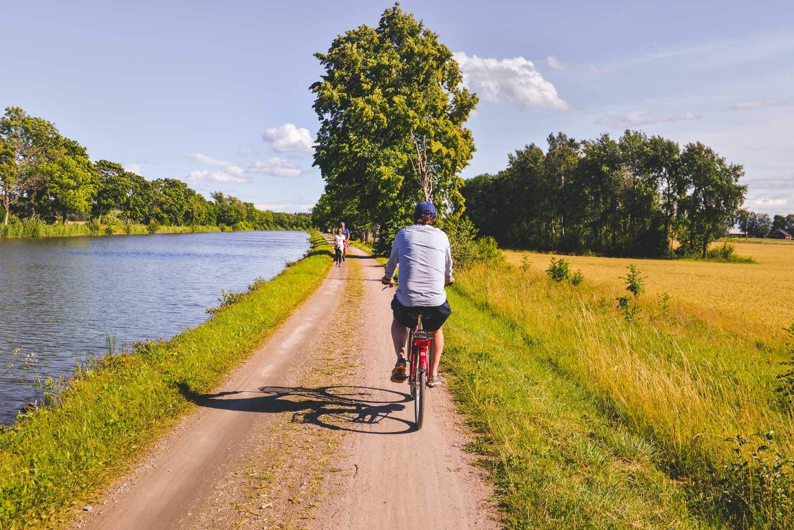 Rofylld cykling från Sjötorp