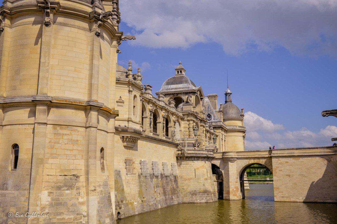 Chateau de Chantilly är ett pampigt slott