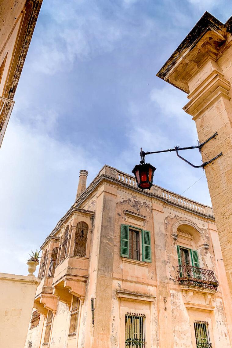 Gatubild på Malta
