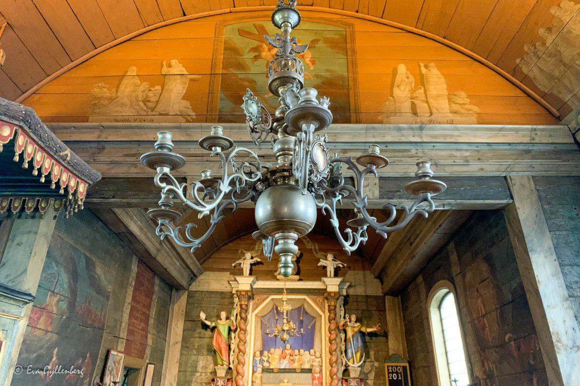 Lampkrona inuti stavkyrkan i Kulturen i Lund