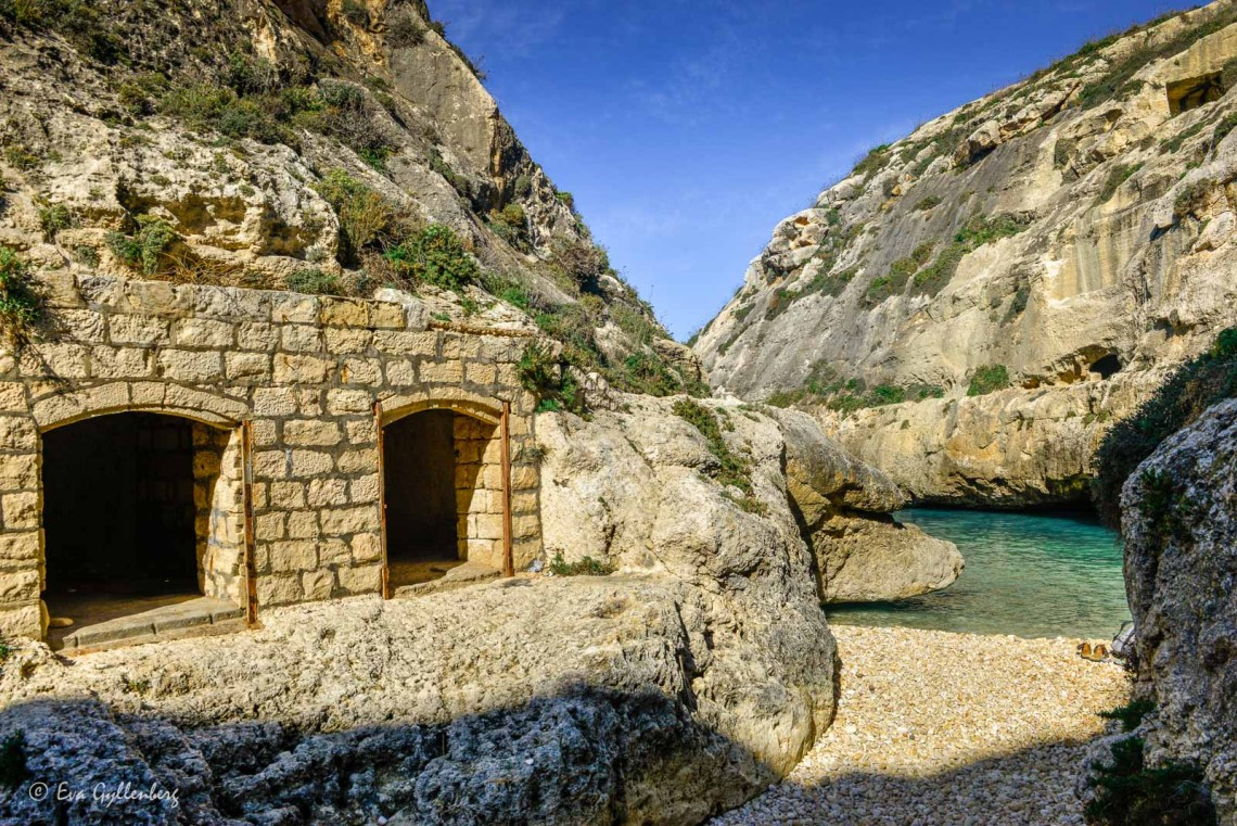 Grottor vid Wied il-Ghasri - Gozo